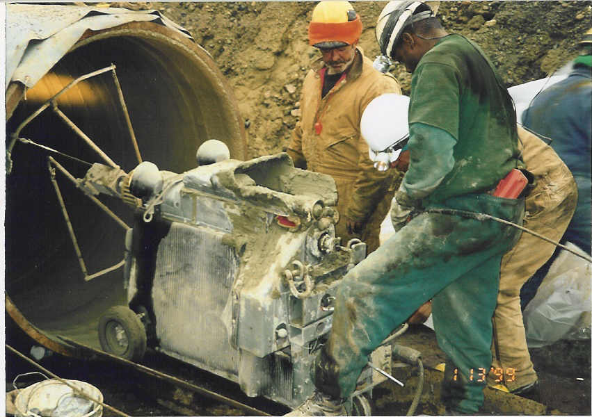 large pipe lining machine